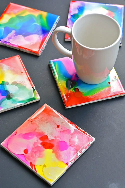 15 DIY Coasters- Coasters make a wonderful gift for anybody on any occasion! For some fun inspiration, check out these 15 DIY coasters! They all make great gifts! | how to make your own coasters, Father's Day gift ideas, Mother's Day gift ideas, Teacher Appreciation Day gift ideas, #diy #homemadeGift #diyGift #craft #coasters