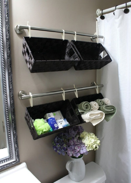 14 Small Bathroom Organization Ideas - The best way to deal with a small bathroom is to keep it well organized. If you want to organize a small bathroom in your home, then you need to see these 14 fantastic small bathroom organizing ideas! #ACultivatedNest