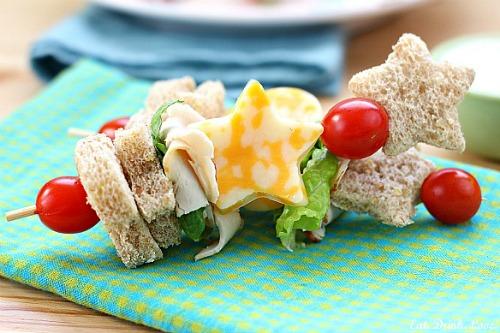 Cute school lunch ideas- Sandwich kabobs