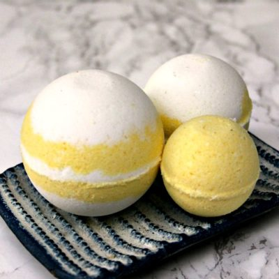 DIY Lemon Swirl Bath Bombs