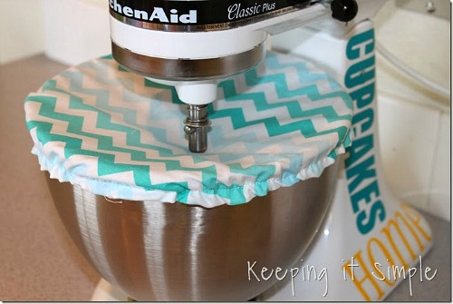 DIY Stand Mixer Bowl Cover- Your stand mixer is good for more than just mixing up desserts! Take advantage of all your mixer can do with these 15 KitchenAid mixer hacks and tips! | ways to use your KitchenAid mixer, things your stand mixer can do, mixer DIY play dough, shred chicken, #hacks #kitchenaid #ACultivatedNest