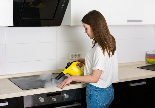 How to Clean a Ceramic or Glass Stove Top- Tired of your oven being a mess? This huge oven cleaning guide has all the easiest ways to clean your oven, inside and out! | clean ceramic oven top, clean glass oven top, #kitchenCleaning #ovenCleaning #cleaningTips #ACultivatedNest