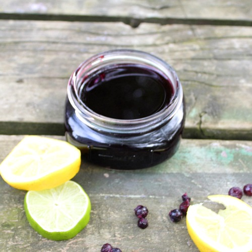 Homemade Blueberry Simple Syrup- For a delicious addition to sweet drinks and a tasty topping to desserts, you have to make this 4 ingredient homemade blueberry simple syrup! | cocktail syrup recipe, how to make simple syrup, homemade simple syrup, #recipe #dessert #drinks #simpleSyrup #ACultivatedNest