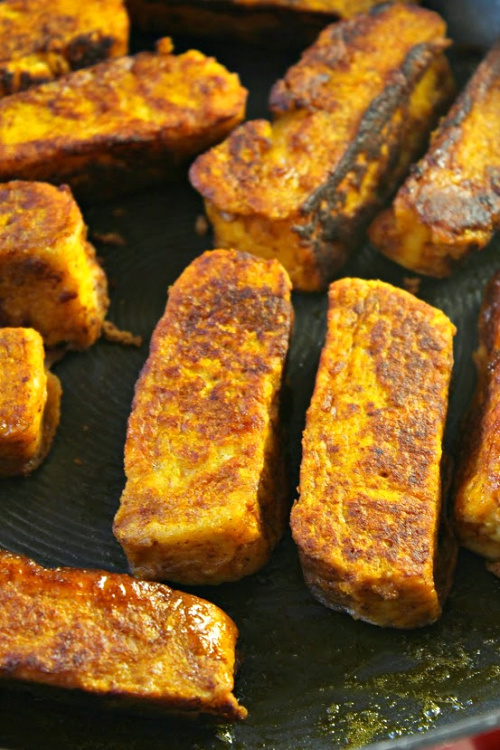 Pumpkin French Toast Sticks Recipe- For a delicious fall breakfast recipe, you have to try my pumpkin French toast sticks! They're so easy to put together, even on busy mornings! | how to make French toast sticks, autumn breakfast ideas, #breakfast #pumpkin #recipe #frenchToast #ACultivatedNest