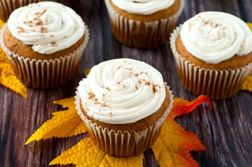 How to Make Pumpkin Spice Cupcakes- Enjoy the delicious flavor of pumpkin this fall with these easy pumpkin spice cupcakes with homemade cream cheese frosting! | baking recipes, homemade baked goods, homemade frosting, ways to use up pumpkin puree, #recipe #dessert #pumpkinRecipes #cupcakes #ACultivatedNest