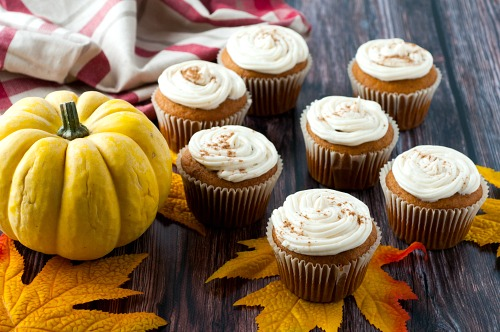 Pumpkin Spice Cupcakes with Cream Cheese Frosting- Enjoy the delicious flavor of pumpkin this fall with these easy pumpkin spice cupcakes with homemade cream cheese frosting! | baking recipes, homemade baked goods, homemade frosting, ways to use up pumpkin puree, #recipe #dessert #pumpkinRecipes #cupcakes #ACultivatedNest
