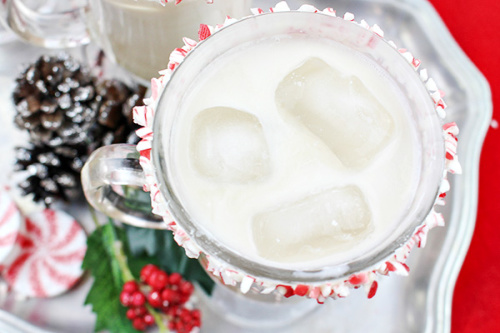 Peppermint White Russian Cocktail Recipe- This is the ultimate list of easy and delicious Christmas drink recipes. Serve them at your next holiday party and everyone will rave about them for sure! | holiday drink recipes, nonalcoholic drinks, kid friendly drinks, hot drinks, cold drinks, #recipe #drinks #ChristmasDrinks #alcoholicDrinks #ACultivatedNest