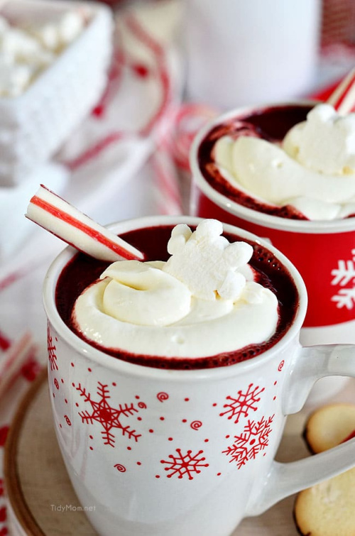 Red Velvet Hot Chocolate Recipe- This is the ultimate list of easy and delicious Christmas drink recipes. Serve them at your next holiday party and everyone will rave about them for sure! | holiday drink recipes, nonalcoholic drinks, kid friendly drinks, hot drinks, cold drinks, #recipe #drinks #ChristmasDrinks #alcoholicDrinks #ACultivatedNest