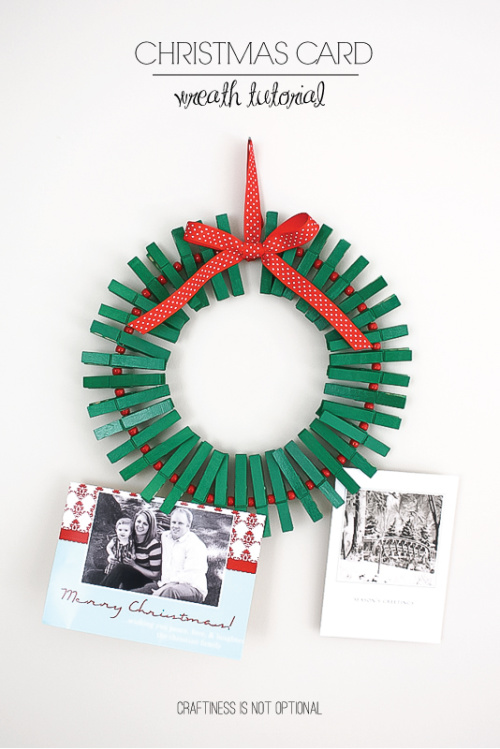 8 Christmas Card Displays Craft Ideas- Are you looking for ways to display that pile of Christmas Cards? Check out these cool Christmas card display holders! These are really great DIY Christmas projects that are suitable for people of all skill levels! | #Christmas #ChristmasCardDisplay #diy #ChristmasDecor #ACultivatedNest