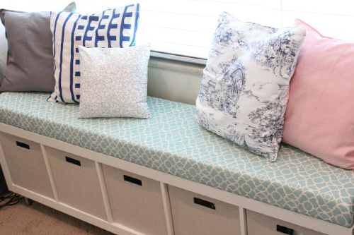 DIY Storage Bench- If you want to organize your bedroom on a budget, check out these 10 clever bedroom storage ideas! They'll make your bedroom inviting and so relaxing! | DIY organizers, DIY bedroom storage solutions, #organization #organizingTips #bedroomOrganization #organize #ACultivatedNest