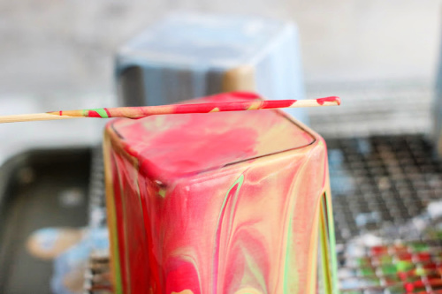 Stunning Poured Paint Votives Decor DIY- These stunning DIY poured paint votives are so easy to make and easy to customize! Add a touch of elegance to your home with this painted votives craft! | #DIY #craft #diyProject #decor #ACultivatedNest