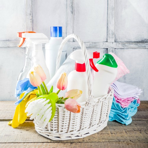 10 Spring Cleaning Myths You Need to Know- These 10 debunked spring cleaning myths could lead to you wasting time, wasting money, or even damaging the things you're trying to clean! | #springCleaning #cleaningTips #cleaning #cleaningHacks #ACultivatedNest