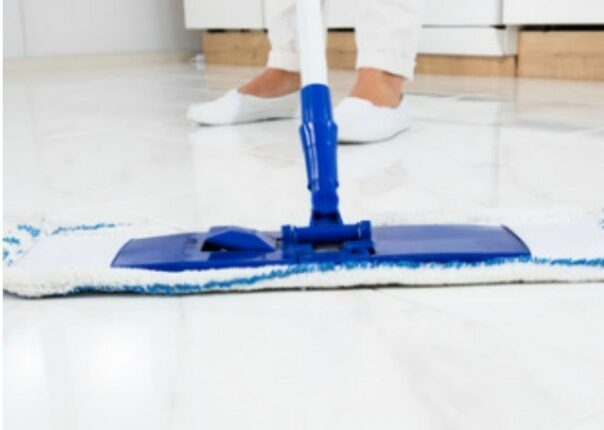 15 Homemade Floor Cleaners and DIY Carpet Cleaners- Get your home's floors clean the frugal and all-natural way with these 15 DIY floor cleaners and DIY carpet cleaners! | #DIYCleaners #homemadeCleaningProducts #homemadeCleaners #cleaningTips #ACultivatedNest